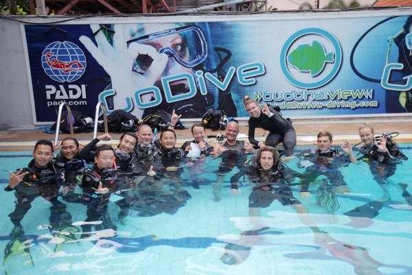 divemaster pool session